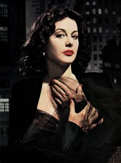 Hedy Lamarr: The Hollywood Beauty with Brilliant Mind Hollywood Actor, Golden Age Of Hollywood, Vintage Hollywood, Hollywood Glamour, Classic Hollywood, Hollywood Icons, Hollywood Stars, Hollywood Actresses, Love Vintage