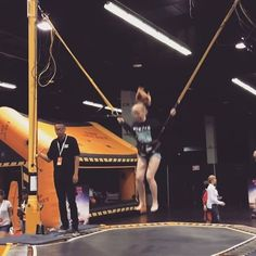 Double back flip on the trampoline at Vidcon kids area. @vidcontips2016 @vidcon #vidcon2016 #vidcon #gymnastics #trampoline #backflip #doublebackflip #trampolinegirl #gymnasticsgirl #menehunes #hawaiitravel #californiatravel #californiaadventure