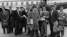 Circa 1959: Matt Busby, in sunglasses, at London airport with members of the Manchester United football team. (Keystone/Getty Images)  - Glamour in the Skies: Vintage Air Travel Photos | The Weather Channel