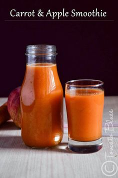 Carrot and apple smoothie. I made this in a vitamix with 1 carrot, 1 apple, 1 celery stick, very small piece of ginger, handful of spinach leaves, 2 tblsp of honey, 5 icecubes and splash of pineapple juice. #drink #glup #beverage