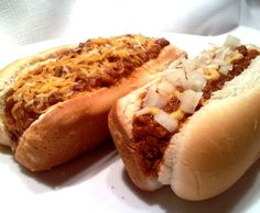 Hot Dog Chili Sauce from South Your Mouth ~ Roast the hot dogs in the oven!