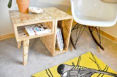 osb side table by margarett Osb Plywood, Plywood Furniture, Furniture Projects, Furniture Making, Home Furniture, Furniture Design, Furniture Dolly, Office Furniture, Osb Board