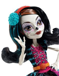 I want this doll. I love her face ~ Monster High Art Class Skelita Calaveras Doll