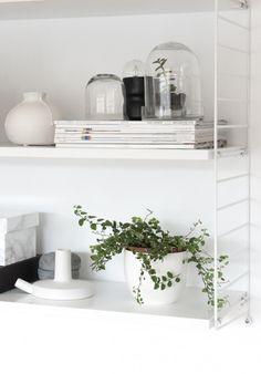 String shelf styling from Decordots blog