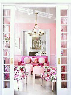 Pink livingroom