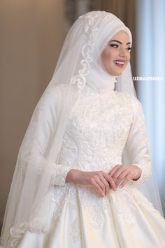 You will find different rumors about the real history of the marriage dress; tesettür First Narration; Muslim Wedding Gown, Muslimah Wedding Dress, Muslim Wedding Dresses, Disney Wedding Dresses, Muslim Brides, Couture Wedding Gowns, Bridal Dresses, Bridesmaid Dresses, Muslim Couples