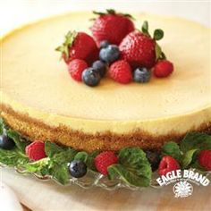 Creamy Baked #Cheesecake from Eagle Brand®