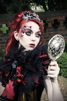 Alternative Goth Girl Face Make Up Steampunk Make Up, Gothic Make Up, Steampunk Mode, Steampunk Kunst, Steampunk Hair, Gothic Steampunk, Dark Beauty, Gothic Beauty, Steam Punk