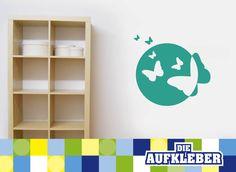 Unsere coolen Wandtattoos dienen nicht nur zur Dekoration von nackten Wänden – NEIN! Du kannst damit auch Möbel, Fliesen, Glasscheiben, Türen, und vieles mehr verschönern! Die Folie lässt sich...