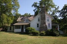 """Rocky Ridge Farm, Mansfield, MO. Laura Ingalls Wilder settled here in the Ozarks in 1896, and eventually wrote the """"Little House"""" books. Wikimedia Commons photo by TimothyMN, shared under Creative Commons license, details @ http://creativecommons.org/licenses/by-sa/3.0/deed.en ."""