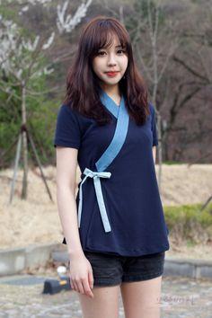 [주문후 1~2주 소요] 생활한복 '연' 저고리 navy 반소매