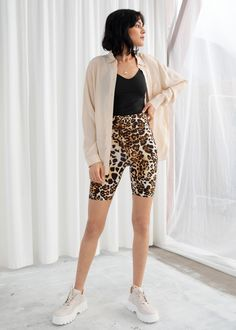 Leopard Cycling Shorts - Leopard Cycling Shorts – Leopard – Shorts – & Other Stories Source by - Fashion Story, Fashion Outfits, Dope Outfits, Office Outfits, Cycling Shorts, Cycling Gear, Road Cycling, Leopard Shorts, Cheetah