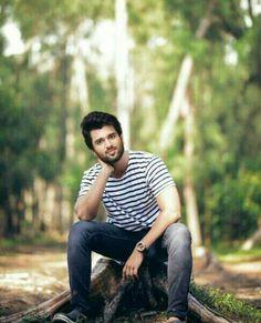 His Every girl fan has a crush on him. Prabhas Pics, Hd Photos, Actors Images, Tv Actors, Famous Indian Actors, Telugu Hero, Vijay Actor, Portrait Photography Men, Vijay Devarakonda