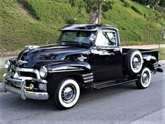 1955 Chevrolet 5 window 3100 Pickup #chevroletvintagecars