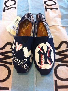 Custom Hand Painted Yankees Toms by BekasBargains on Etsy, $110.00