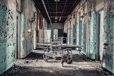 Gallery of These Images of Abandoned Insane Asylums Show Architecture That Was Designed to Heal - 56