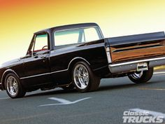 1107clt 02 O +1970 Chevrolet C10+rear