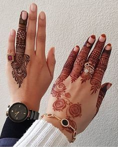 People having interest in fashion are much inclined towards the mehndi designs. If you are among beginners and love to try out different mehndi patterns and motifs then these easy mehndi designs are just perfect for you. Mehndi Designs Book, Finger Henna Designs, Stylish Mehndi Designs, Mehndi Designs For Beginners, Mehndi Designs For Girls, Mehndi Design Pictures, Wedding Mehndi Designs, Mehndi Designs For Fingers, Latest Mehndi Designs