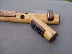 Guitarra em bambu feita em madagascar