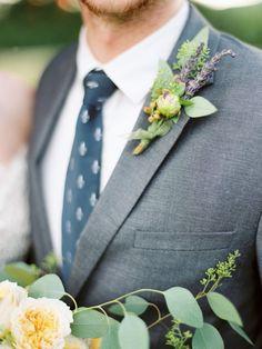 lavender boutonniere http://www.weddingchicks.com/2013/10/01/romantic-wedding-inspiration/