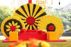 haldi decoration ideas Most Imaginative and Trending Decor Ideas for Haldi Ceremony in 2020 Marriage Decoration, Wedding Stage Decorations, Backdrop Decorations, Festival Decorations, Flower Decorations, Backdrops, Mehendi Decor Ideas, Mehndi Decor, Ganapati Decoration