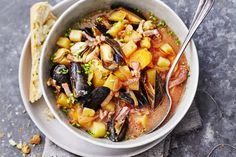 Manhattan chowder (mosselsoep) - Recept - Allerhande