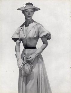 Madame Grès : Fashion, History   The Red List