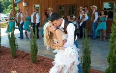 Mackenzie Douthit Wedding I love them! They are so cute!