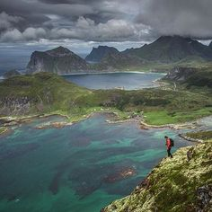 """C4 director @timkemple on location in Norway today // """"The best way I've found to shake off Jet Lag is to simply get out and move..."""" @bchendrix #techtiptuesday #norway #lofoten"""