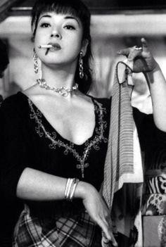 *祝う 一服画像* 京マチ子(女優)1924年3月25日生まれ