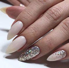 Beautiful nails manicure DivaNail Source by ninaparral Nail Manicure, Toe Nails, Nail Polish, Perfect Nails, Gorgeous Nails, Stylish Nails, Trendy Nails, Nagel Hacks, Diva Nails