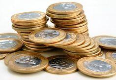 Os analistas das instituições financeiras reduziram de R$ 155 bilhões para R$ 153,94 bilhões a estimativa para o déficit primário do governo neste ano, informou o Ministério da Fazenda nesta
