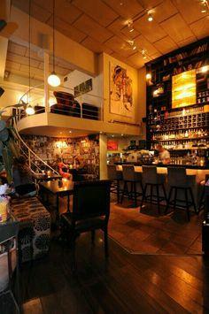 Coffe place buena iluminacion :C