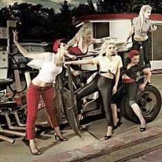 Cat fight #rockabilly #vintage #fashion #photography