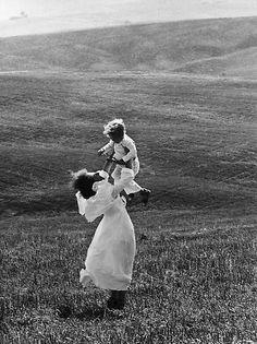 Edouard Boubat, Tuscany, Italy,1956,  gelatin silver print