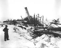 Shackleton Frank Hurley 4 e1350465922554 Frank Hurley: Photographs Documenting Shackletons Shipwreck and Story of Survival
