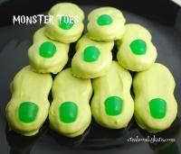 Halloween Monster Toes on MyRecipeMagic.com #cookies #toes #monster #halloween