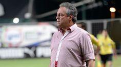 Papo de Esquinas: Inter e Botafogo se enfrentam no Sul e tentam fugi...