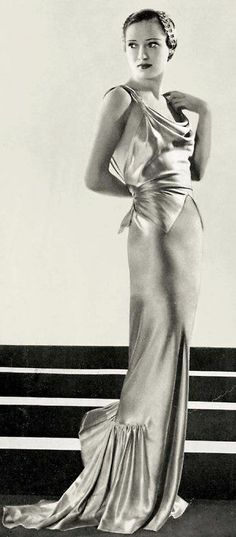 #Schiaparelli Gown, L'Officiel, 1936 ~ETS #artdeco #glamour