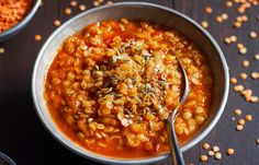 Dinner, in a hurry! This spicy red lentil soup with ginger, garlic and onion is one of our favorite speedy weeknight dishes. Quick-cooking red lentils are delish and the amount of protein per servi…