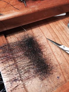 Here we go, laying down a composite dubbing loop at the fly bench. Steelhead Flies, Fly Tying Patterns, Fly Fishing, Composition, Brushes, Tie, Board, Fishing, Cravat Tie
