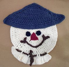 """Free pattern for """"Scarecrow Dishcloth""""...looks like a Snowman too!"""