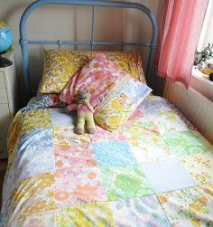 vintage sheets... bedspread :)