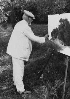Szinyei Merse Pál festés közben Fonyódon 1917-ben Vintage Photography, Budapest, Painters, Old Photos, Athlete, Museum, History, Artist, People