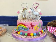 Throwing the ultimate unicorn party, packed with games, unicorn crafts and best unicorn cake you've ever seen!