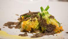 Fiori di zucca con tartufo nero