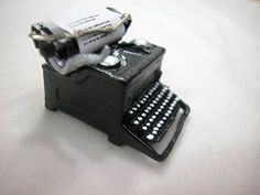 Heidi Ott Miniature 1:12 Scale Pewter Typewriter #XZ275