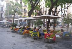 El Raval area history and guide