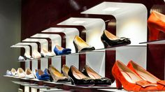 oneLED_retail_singleshelf_09 Sign Lighting, Lighting Design, Retail Solutions, Commercial Lighting, Alter, Shoe Rack, Style, Light Design, Shoe Cupboard