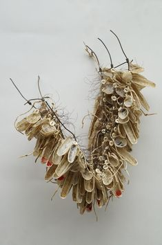 recent werk – Anna van Bohemen Fibre And Fabric, Paper Artwork, Naive Art, Textile Artists, Textiles, Land Art, Wall Sculptures, Jewelry Art, Jewellery